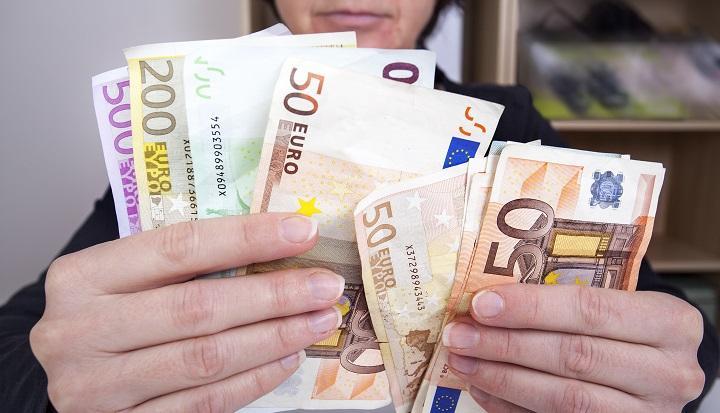 Compensatie van aanzienlijk lagere WW-uitkering middels de billijke vergoeding
