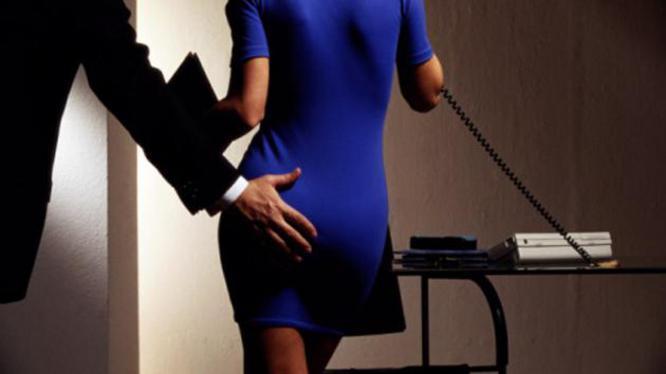 Wat te doen bij seksuele intimidatie op de werkvloer?