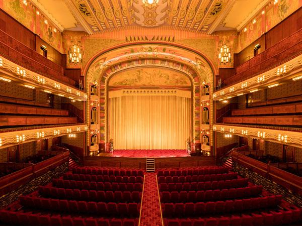 Valgevaar in de opera: een steiger op het podium? (bron: mr. R. Olivier)